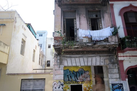 Laundry on balcony in Havana