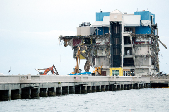 The St Pete Pier is removed to make way for the New St Petersburg Pier.