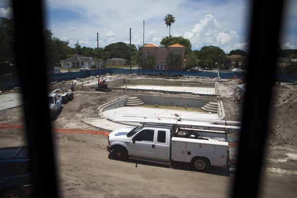 The new Jewish Community Center will offer an aquatics area.
