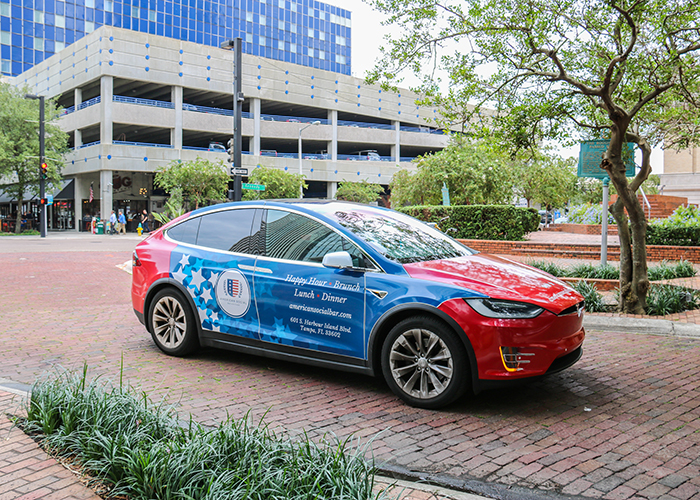 The Tampa Downtowner service uses Tesla vehicles.
