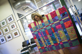 Etsy Craft Entrepreneuship Workshop student Shannon VanAlsbury shares the contemporary style quilt she created.