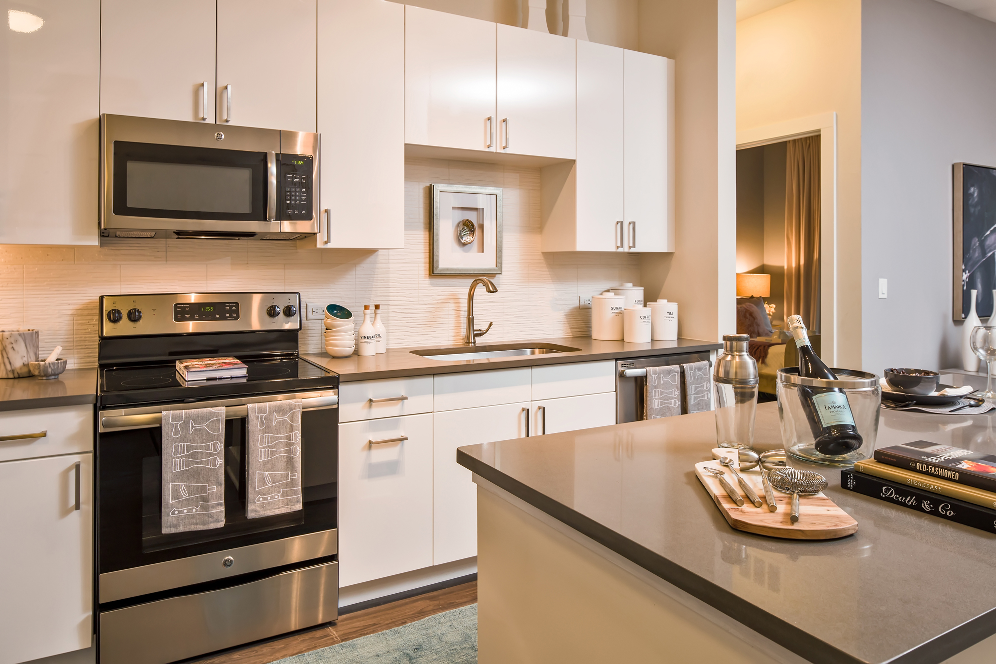 Appliances Tampa Crescent Westshore Now Open In Tampa