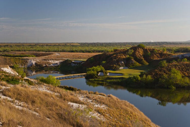 Streamsong was named best new golf resort in 2012 by Golfweek magazine.