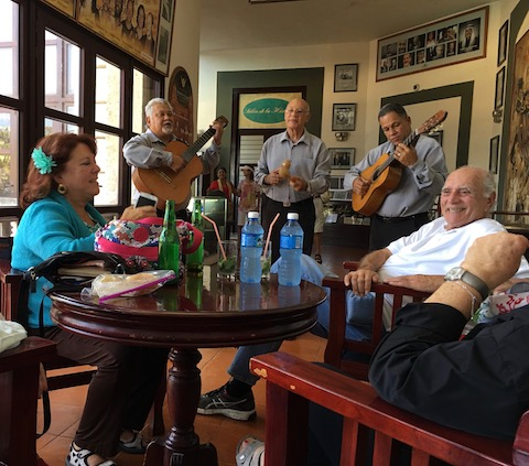 Musicians entertaining at Hotel Nacional
